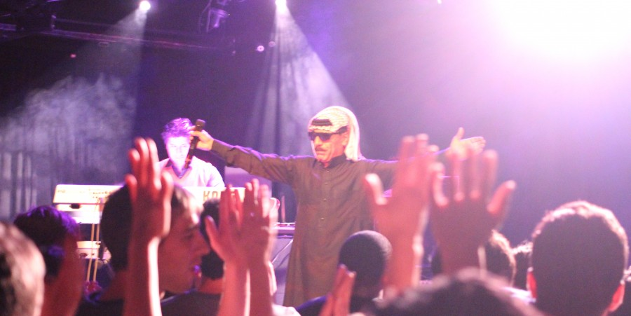 Omar Souleyman shows his appreciation to the crowd at LPR 10/16