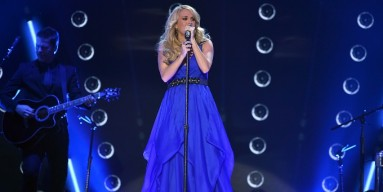 Carrie Underwood perfroms at the 2014 American Country Countdown Awards