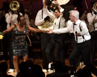 Sharon Jones dancing with David Byrne