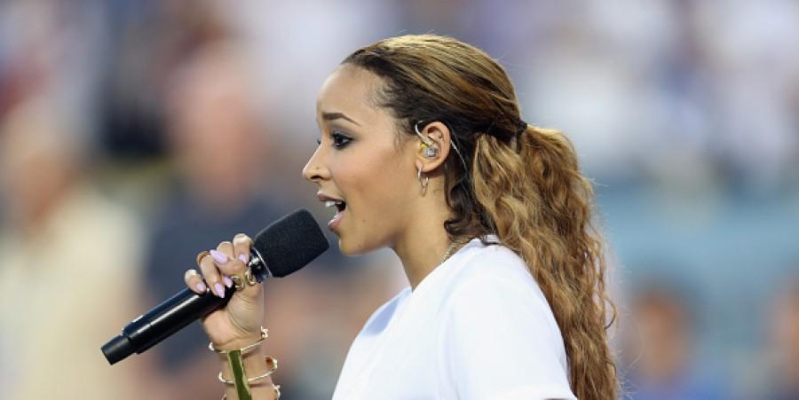 Tinashe in Dodger blue.