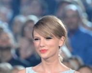 Taylor Swift, Chinese Pianist Yundi Li Pair Up for New International Toyota Commerical