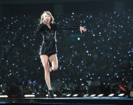 Taylor Swift at the 1989 World Tour in Tokyo