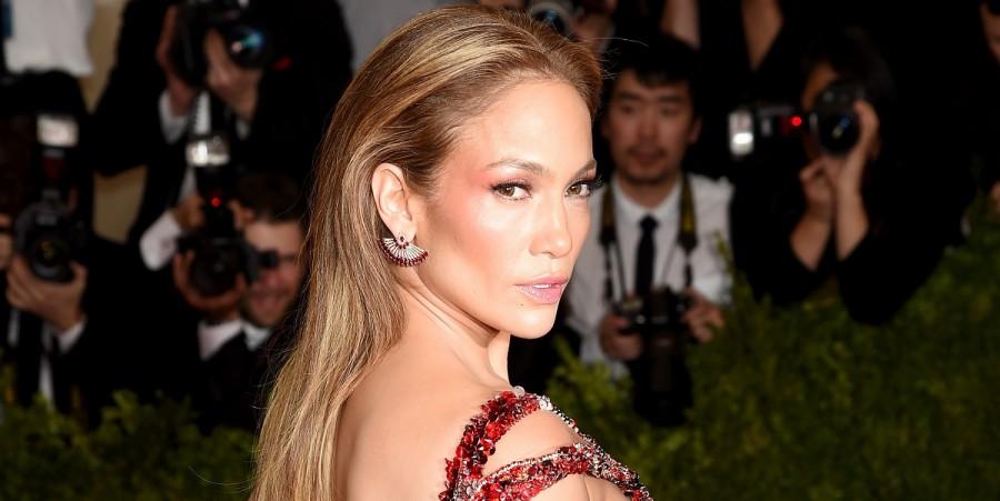 Jennifer Lopez at Met Gala 2015