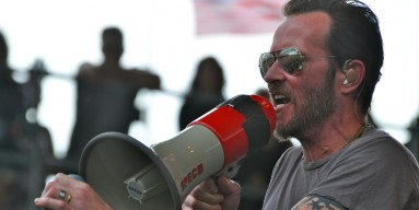 Scott Weiland doubles his pleasure at Rock on The Range.