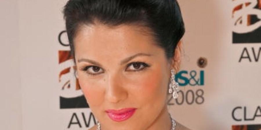 Anna Netrebko Rumored to Cancel 'Iolanta' Performance Due to Throat Infection