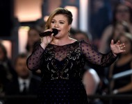 Kelly Clarkson performs at the 50th Academy Of Country Music Awards