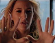 Major Lazer ft. Ellie Goulding Tarrus Riley 'Powerfu' Music Video