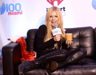 Avril Lavigne attends Y100's Jingle Ball 2013 Presented by Jam Audio Collection at BB&T Center
