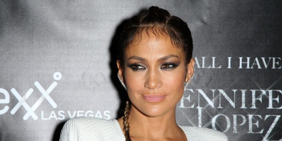 Jennifer Lopez at Chateau Nightclub & Rooftop at Paris Las Vegas
