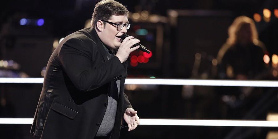Jordan Smith performs on 'The Voice' Season 9 Knockouts