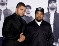 Actor O'Shea Jackson, Jr. (L) and his father O'Shea Jackson aka Ice Cube arrive at the premiere of Universal Pictures and Legendary Pictures' 'Straight Outta Compton'