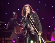(Editorial Use Only) Musician Steven Tyler performs on stage during the Imagine: John Lennon 75th Birthday Concert at The Theater at Madison Square Garden on December 5, 2015 in New York City.