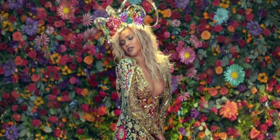 Beyonce-Hymn For The Weekend