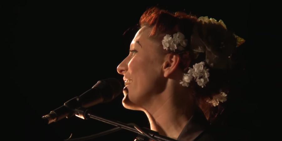 Amanda Palmer Performing Live @ London Union Chapel