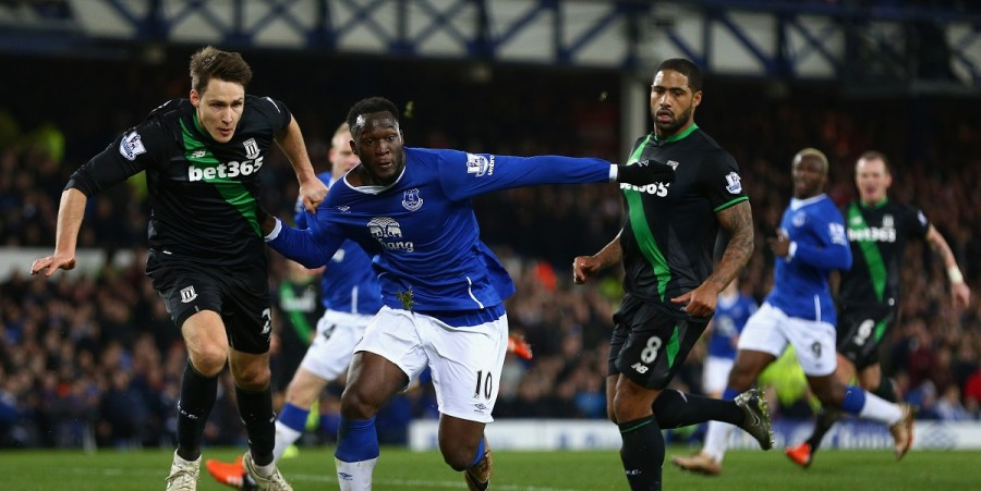 Romelu Lukaku of Everton in action during the Barclays Premier League match between Everton and Stoke City at Goodison Park on December 28, 2015 in Liverpool, England.