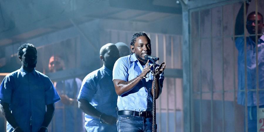 Kendrick Lamar performs at 2016 Grammys