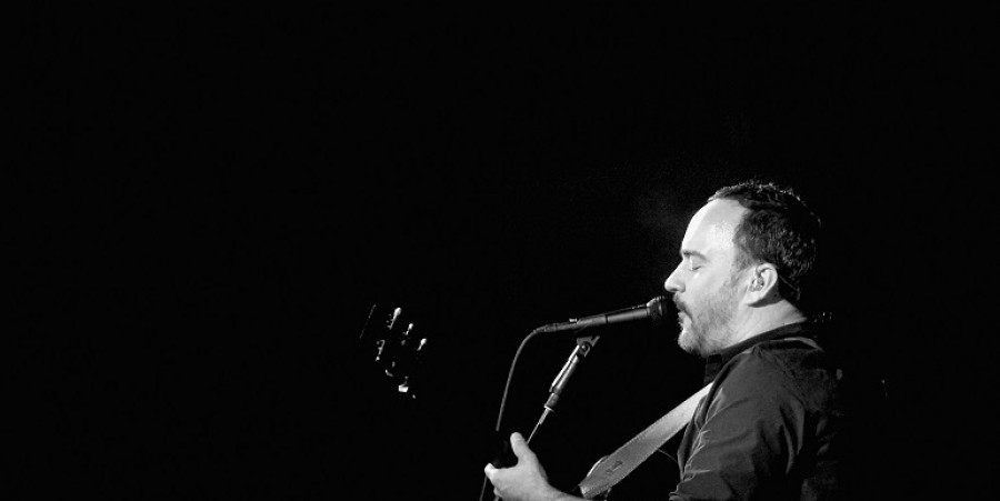 DirecTV And Pepsi Super Thursday Night Featuring Dave Matthews Band - Performance