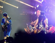 AC/DC with  Axl Rose