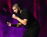 Drake performs onstage at the 2016 iHeartRadio Music Festival at T-Mobile Arena on September 23, 2016