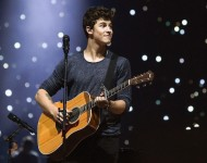 Shawn Mendes performs on stage at Madison Square Garden on September 10, 2016