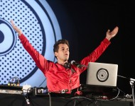 Mark Ronson performs on day one of The Big Feastival at Alex James' Farm on August 26, 2016 in Kingham, Oxfordshire