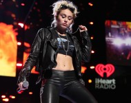 Miley Cyrus performs onstage at the 2016 iHeartRadio Music Festival at T-Mobile Arena on September 23, 2016 in Las Vegas, Nevada