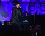 Lionel Richie performs onstage during the Songwriters Hall Of Fame 47th Annual Induction And Awards at Marriott Marquis Hotel on June 9, 2016 in New York City