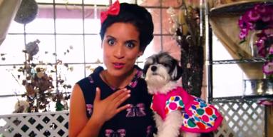 """Gina Naomi Baez - """"Cupcakes"""""""