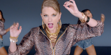"""Taylor Swift in """"Shake It Off"""" music video"""