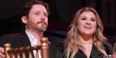 Kelly Clarkson's ex-husband Brandon Blackstock agreed to have joint custody