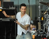 Adam Levine - Maroon 5 Perform On NBC's